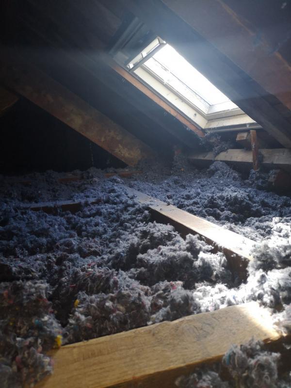 Ty'iso a procédé à l'isolation des combles perdus en laine de coton recyclée écologique à Plouharnel 5