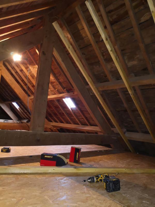 Rénovation bâtisse ancienne avec isolations écologique des rampants à Saint Nolff 1