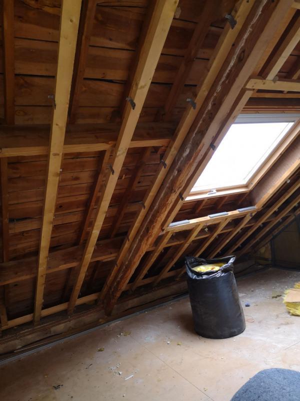 Ty'iso, isolation de combles aménagés sous toiture en rampants à Auray 2