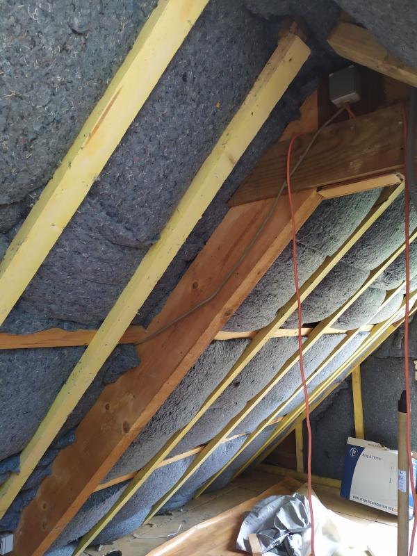Isolation des combles dans une ancienne bâtisse en rénovation à Mohon 5