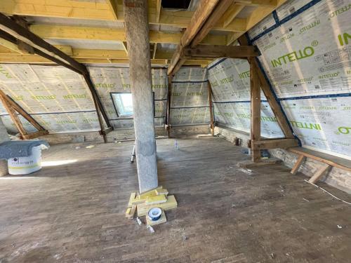 Isolation complète de l'étage sur Locoal-Mendon